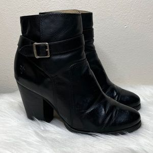 Frye Patty Riding Bootie Ankle Zip Black Leather